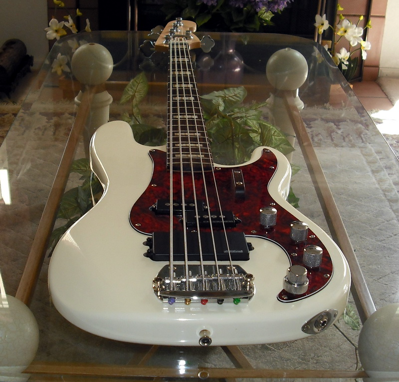 p bass and music man pickup config tell me how please. Black Bedroom Furniture Sets. Home Design Ideas